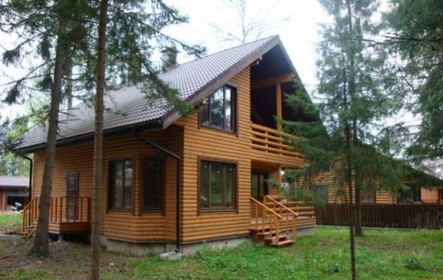 Дом с облицовкой блок хаусом