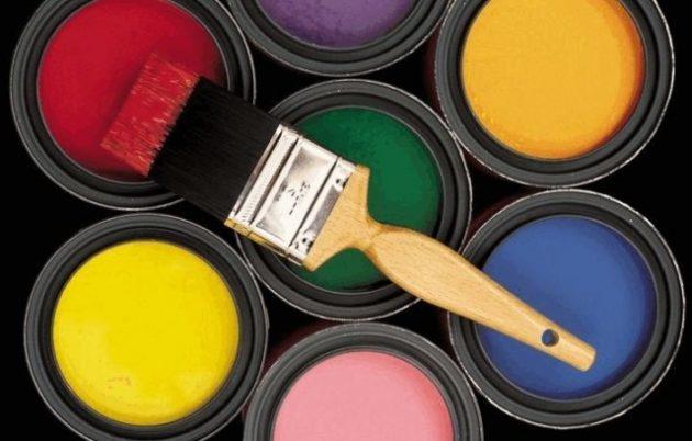 Акриловая краска для фасадных работ имеет много достоинств