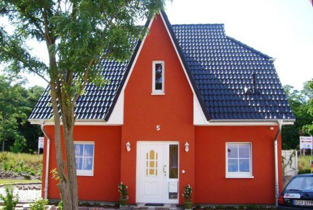 Цементную фасадную штукатурку можно покрасить в любой цвет
