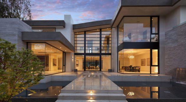 Для дома в стиле хай-тек характерно много пространства и света