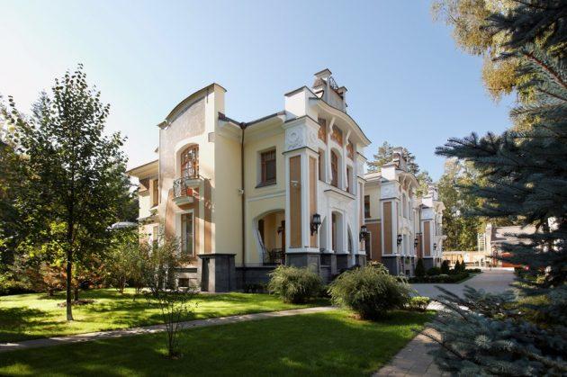 Дома в стиле модерн вобрали в себя черты нескольких направлений