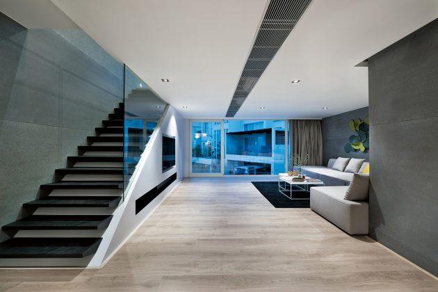 Металл и стекло являются главными материалами в отделке дома в стиле хай-тек