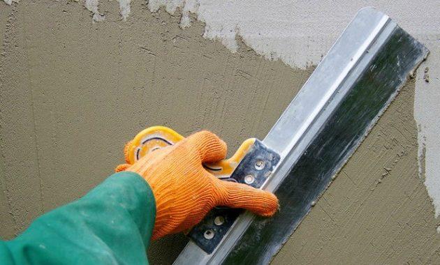 Нанесение цементной фасадной штукатурки