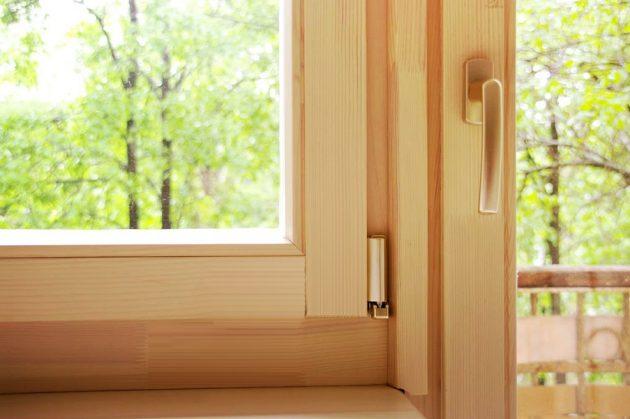 Окна с деревянными рамами не потеют так, как пластиковые