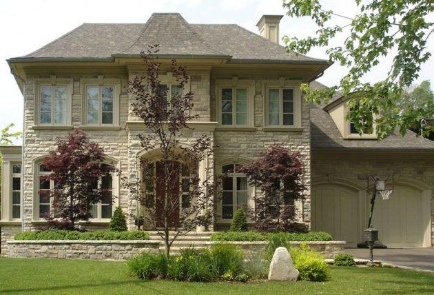 Песчаник и известняк часто применяются в качестве облицовочного фасадного камня