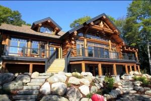 дом в канадском стиле